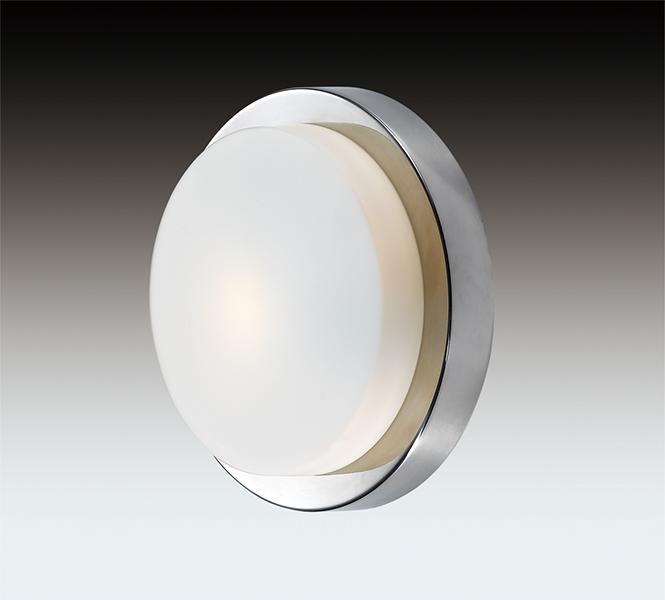 Odeon Light 2746/1C Настенно-потолочный светильник HOLGER 1x40W E14 хром/матовый IP44