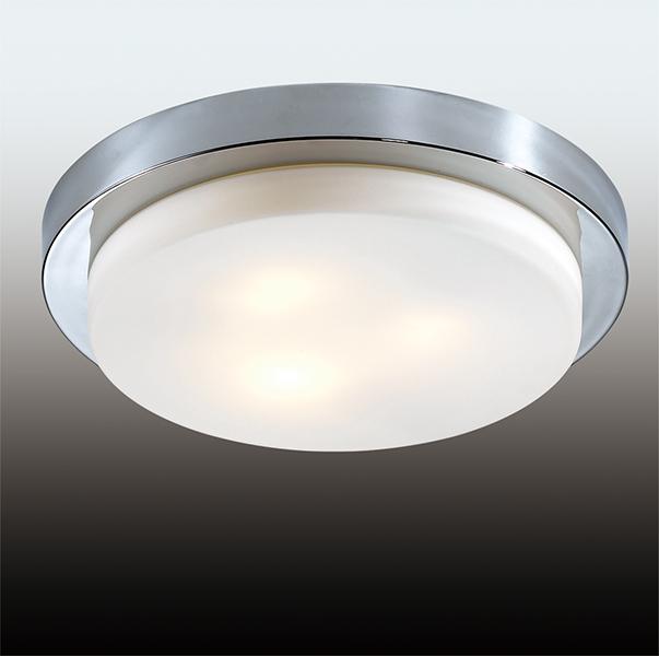 Odeon Light 2746/3C Настенно-потолочный светильник HOLGER 3x40W E14 хром/матовый IP44